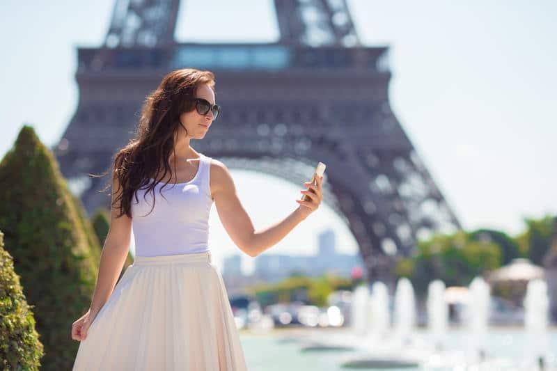 choisir tenue mode parisienne